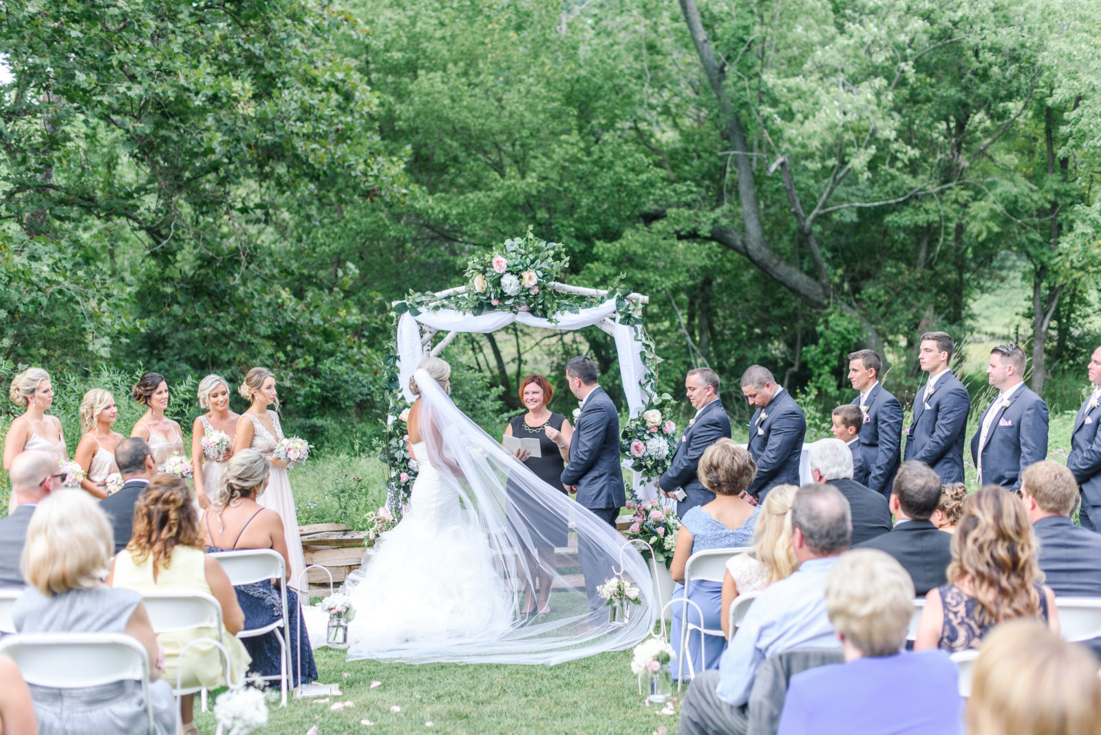 How To Plan An Outdoor Wedding 10 Planning Mistakes: Top 10 Mistakes Couples Make When Wedding Planning
